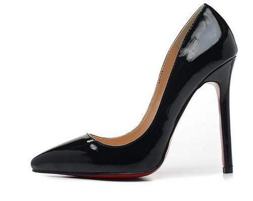 sapatos louboutins