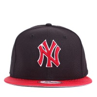 Bon� New Era 9FIFTY Strapback New York Yankees Navy/Red
