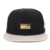 Bon� New Era 9FIFTY Strapback Script Gold Black/Beige