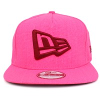 Bon� New Era 9FIFTY Strapback Logo Pink