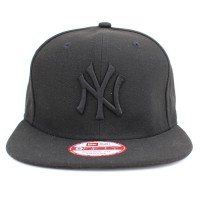Bon� New Era 9FIFTY Strapback ORIGINAL FIT New York Yankees Black/Black