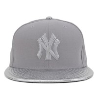 Bon� New Era 9Fifty Strapback New York Yankees Grey/Silver