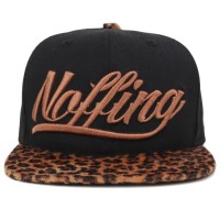 Bon� Noffing Script Black/On�a