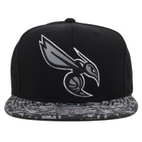 Bon� Mitchell And Ness Snapback Charlotte Hornets Black