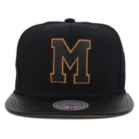 Bon� Mitchell And Ness Strapback Marist College Black