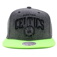 Bon� Mitchell and Ness Snapback Boston Celtics Jeans Black/Green