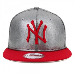 Bon� New Era 9FIFTY Strapback New York Yankees Silver/Red