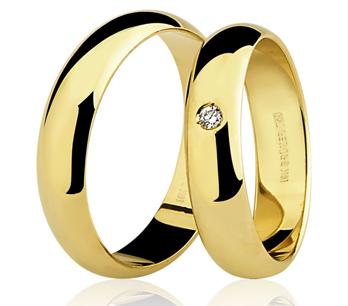 Par de Aliança Casamento e Noivado em Ouro 18K / 750 com 4mm e Diamante de 0,01Cts